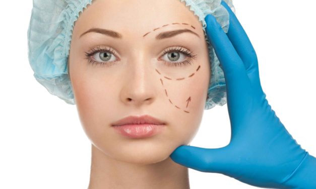 Cosmetic Surgery: Its Benefits, Risks And What One Should Expect From It